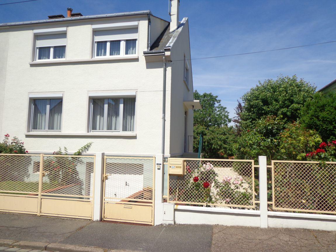achat maison orleans madeleine ventana blog. Black Bedroom Furniture Sets. Home Design Ideas