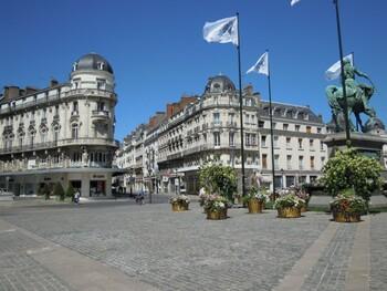 Vivre à Orléans et travailler à Paris